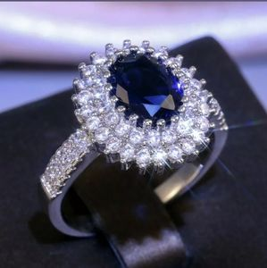 🆕Stunning blue and white sapphire ring 💍